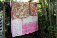Load image into Gallery viewer, Single Kantha Quilt #303