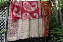Load image into Gallery viewer, Queen Kantha Quilt #307