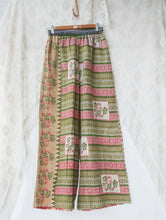 Load image into Gallery viewer, Kantha Pants S/M (#504)