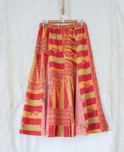 Load image into Gallery viewer, Kantha Midi Skirt L/XL (#327)