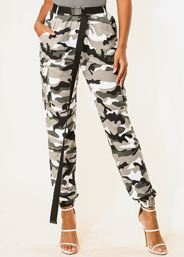 Women's Junior Trendy Cargo Style High Waisted Camo Print Jogger Pants W Belt