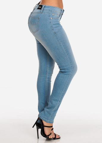 Image of Women's Junior Ladies Cute Must Have 1 Button Low Rise Light Wash Skinny Jeans