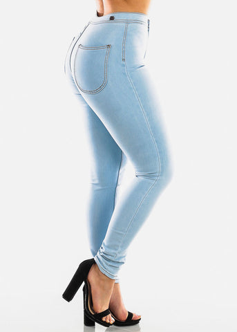 Image of Classic Light Wash Skinny Jeans