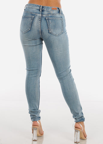 Medium Wash Distressed Skinny Jeans MD001LTBLU