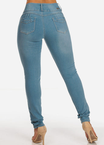 Mid Rise Light Wash Levanta Cola 3 Button Skinny Jeans