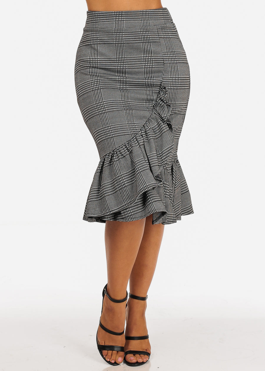 High Rise Ruffle Detail Black Plaid Print Skirt