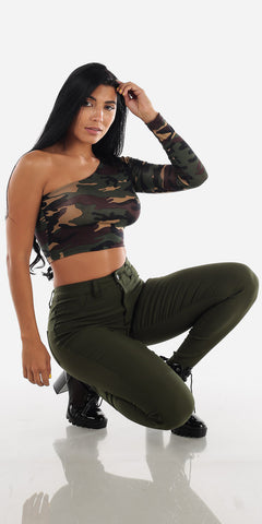 Image of Camo Queen