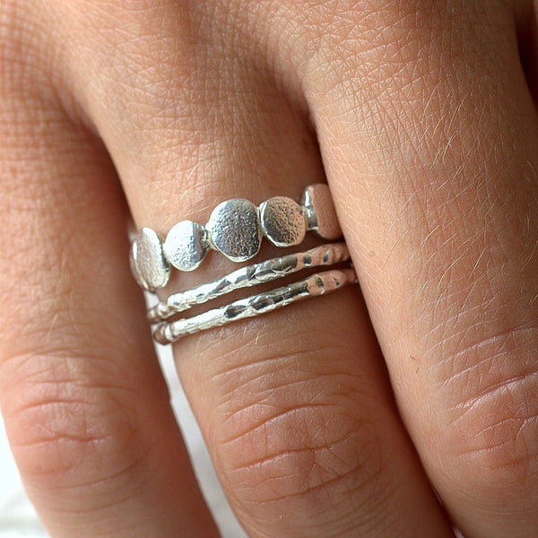 Pebble and Raw Ring Set