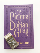 Load image into Gallery viewer, The Picture of Dorian Gray Book Matches