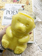 Load image into Gallery viewer, Winnie the Pooh Soy Candle