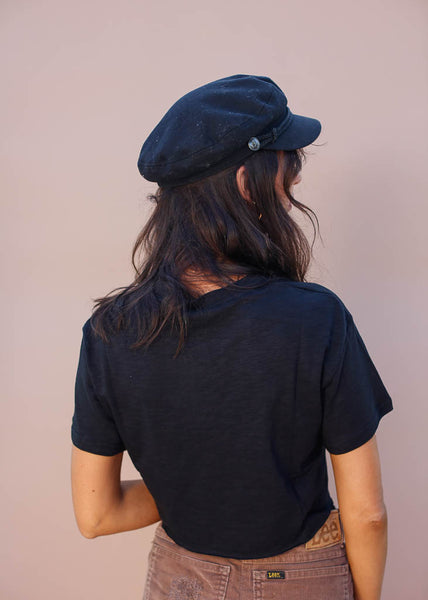 Black boxy cropped tee