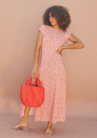 Shirt midi dress with open back cut out and high slit. Red floral.