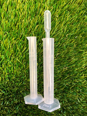 Nutrient Measuring Kit - 10 and 25 mL graduated cylinders with a pipette