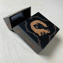 Load image into Gallery viewer, Femme Fatale Smoking Box Black