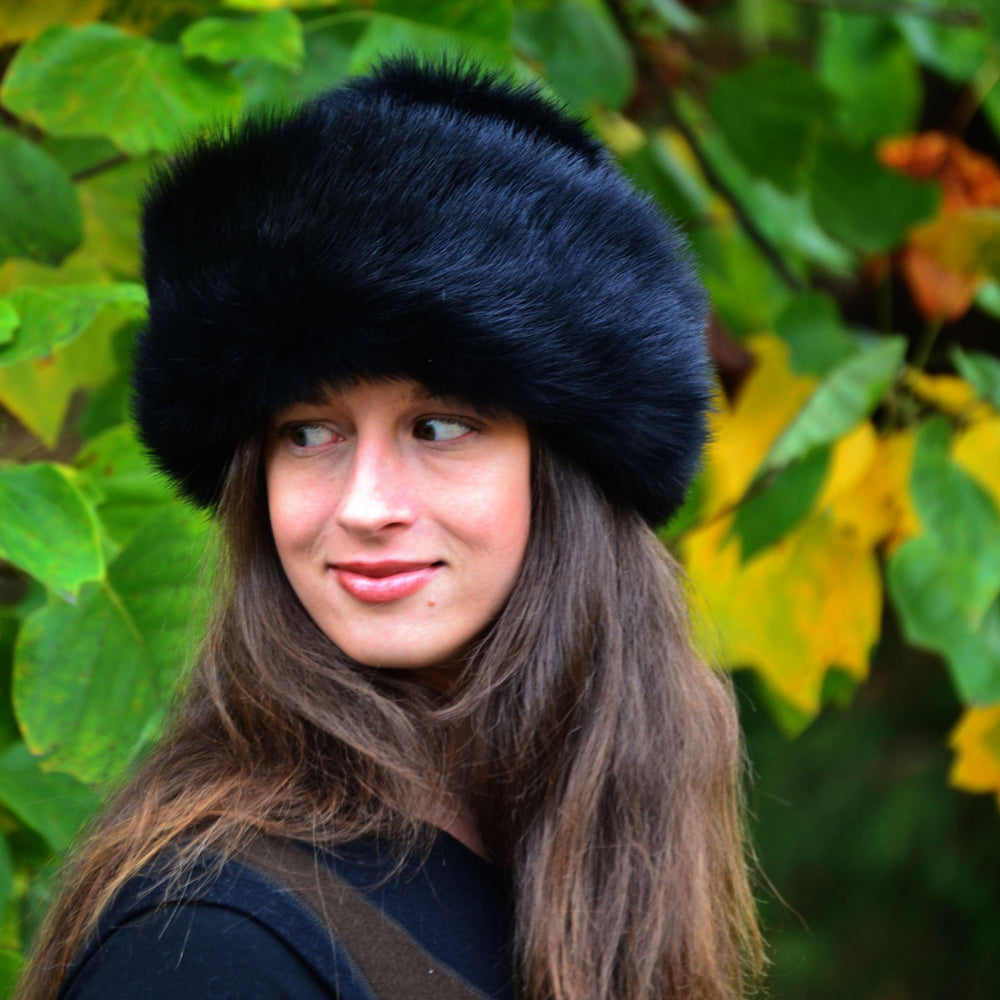 Women's Toscana Round Shearling Sheepskin Fur Hat