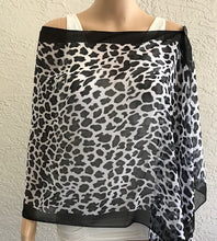 Load image into Gallery viewer, Cheetah Print Shawl