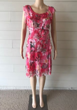 Load image into Gallery viewer, Floral Fuchsia Dress