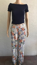 Load image into Gallery viewer, Pink Flower Printed Pants by Look Mode