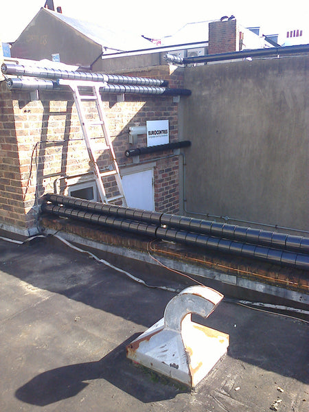 Roller Barrier Preventing Roof Damage