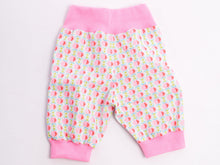 Laden Sie das Bild in den Galerie-Viewer, Baby toddler pants sewing pattern LUCCA
