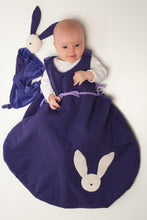 Laden Sie das Bild in den Galerie-Viewer, Baby sleep sack sewing pattern ebook pdf with bunny toy TONDO + TONDINO