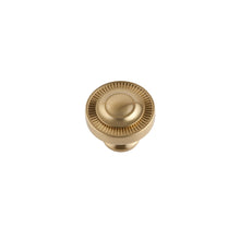 "Minted Knob <span class=""ittyb"">(available in Small and Large plus additional finishes)</span>"