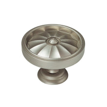 "Flare Knob <span class=""ittyb"">(available in Small and Large)</span>"