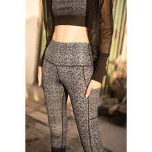 Load image into Gallery viewer, Grey snow leopard print leggings
