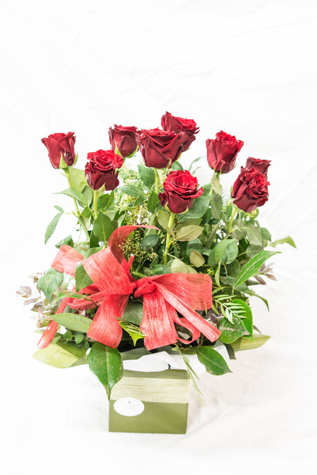 Box of Love (Shorter stem red roses)