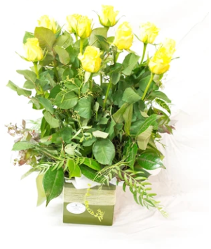 Box of Love (Yellow, Pink, Orange or White Roses)