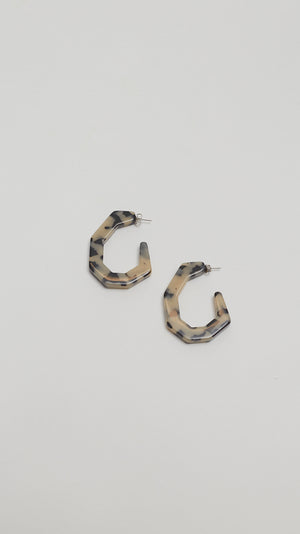 Rachel Comey Baby Factor Earrings in Dalmation
