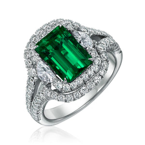 Signature 18k White Gold Ring With Emeralds And Diamonds