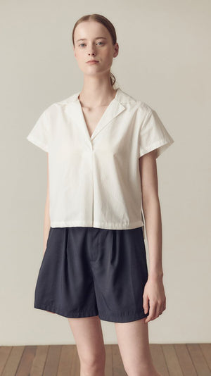 Hidden Forest Market Crop Cotton Shirt In White