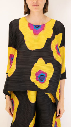 Issey Miyake Pleats Please Bloom Top in Black