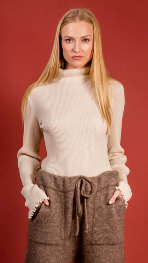Lauren Manoogian Accordion Turtleneck in Hessian