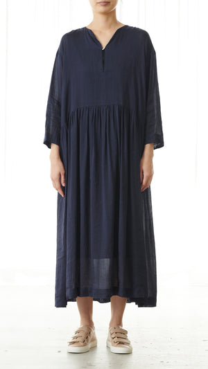 Pas de Calais Vegetable Dye Dress in Navy