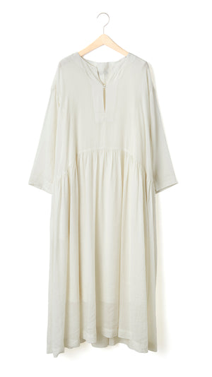 Pas de Calais Vegetable Dye Dress in White