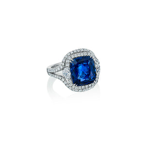 Signature 18k White Gold Ring With Diamonds And Cushion Cut Sapphire