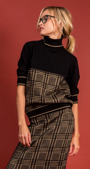 D. Exterior Funnel Neck Sweater - Black and Gold Pattern