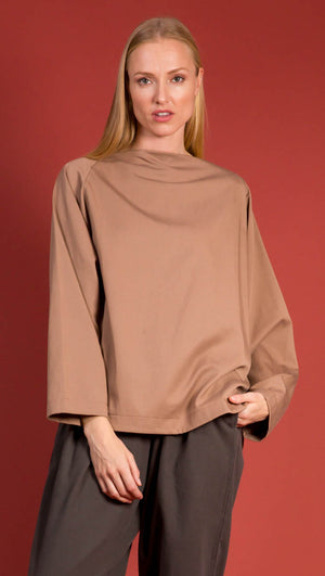 Black Crane Folded Neck With Cropped Sleeves - Camel