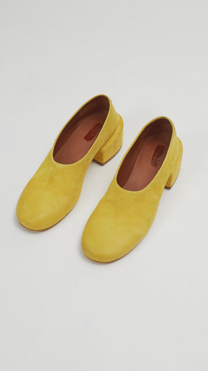 Marsell Buccia Decollete Shoe in  Bright Yellow