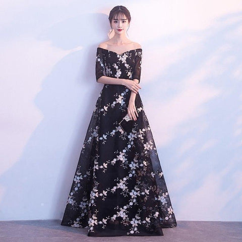 509eed0df6 Celebrity Inspired Dress Sexy Black V-Neck Flower Pattern