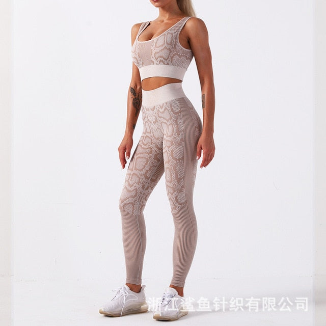 Snakeskin Workout Clothing leggings and sports bra sets