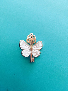 HP Flying Keys Enamel Pin