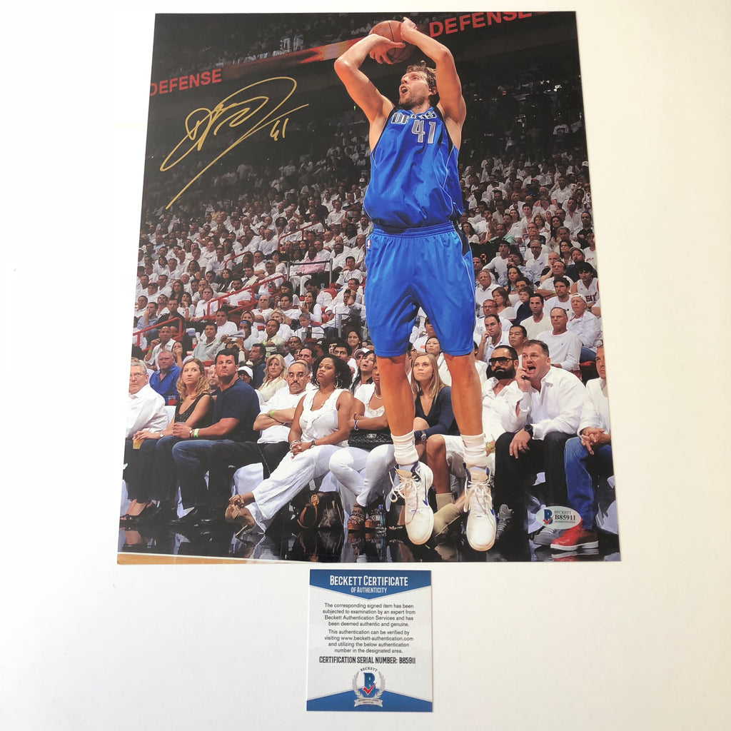 b5cbc3d6406 Dirk Nowitzki signed 11x14 photo BAS Beckett Dallas Mavericks Autographed