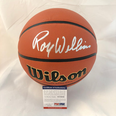 Roy Williams signed Basketball PSA/DNA North Carolina Tar Heels autographed