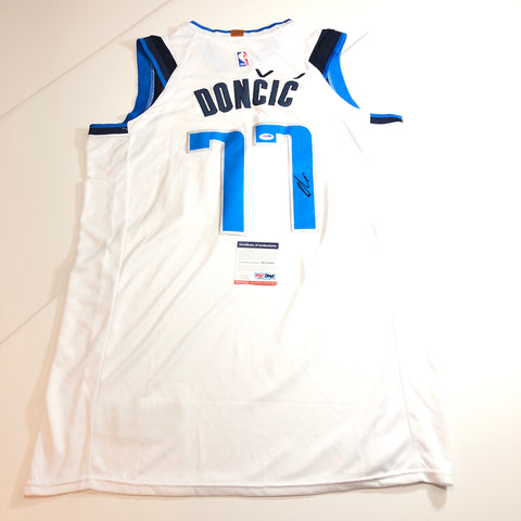 Luka Doncic signed jersey PSA/DNA Dallas Mavericks Autographed White