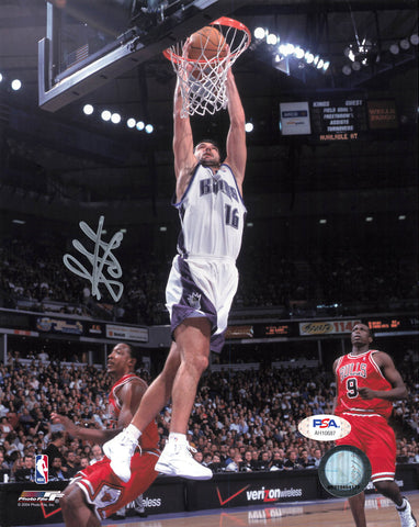 Peja Stojakovic signed 8x10 photo PSA/DNA Sacramento Kings Autographed