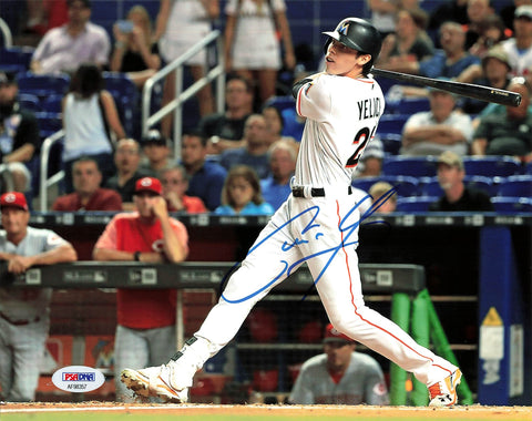 Christian Yelich Signed 8x10 Photo PSA/DNA Miami Marlins Autographed Brewers