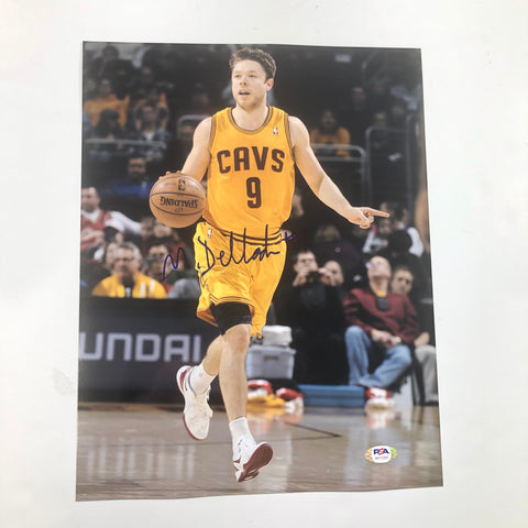 Matthew Dellavedova signed 11x14 photo PSA/DNA Cleveland Cavaliers Autographed